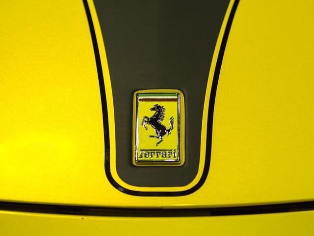 sports-car-ferrari