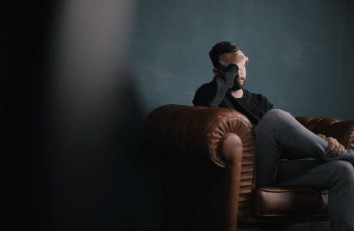 men-battle-depression